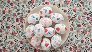 Easy Easter Decorations To Make At Home Easter Eggs Martha Stewart