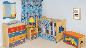 préparer la chambre de bébé la chambre de bébé les é à ne pas manquer