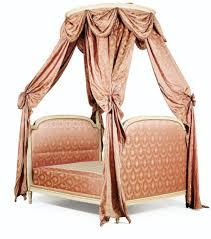 chambre louis xvi lit à la polonaise en hêtre mouluré relaqué crème d u0027époque louis