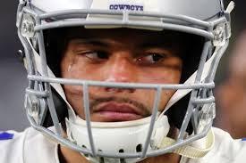 cowboys fans call for dallas to bench dak prescott bleeding