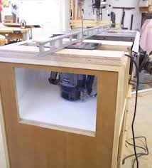 how to use a router table how to install your router in your router table