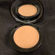 bobbi brown golden light bronzer bobbi brown other bobbi brown bronzer in golden light poshmark