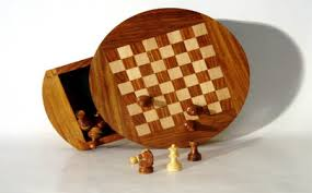 Buy Chess Set Magnetic Round Contour Chess Set Flat Magnetic Chessboard India