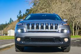 green jeep cherokee 2017 the 2017 jeep cherokee latitude 4 4 is a marvelous mid size suv