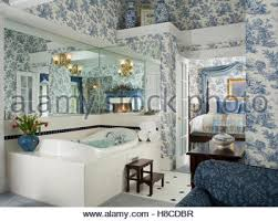 Toile Bathroom Wallpaper by Blue Toile De Jouy Wallpaper And Matching Drapes In Townhouse