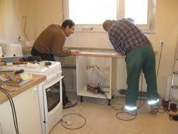meuble cuisine a poser sur plan de travail pose plan de travail cuisine 12 cuisine31 lzzy co