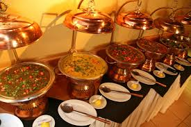 wedding caterers clever catering guide bindiweddings