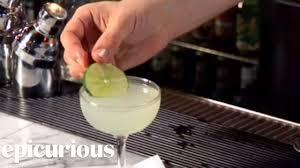 daiquiri cocktail how to make a daiquiri cocktail youtube