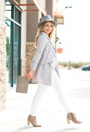 fall outfit idea trench coat glamour zine