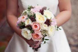 wedding flowers on a budget uk bridal bouquets for every budget hitched co uk