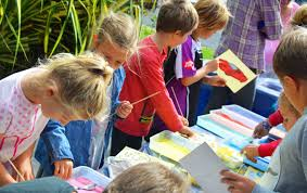 5 simple craft ideas for your holiday kids club