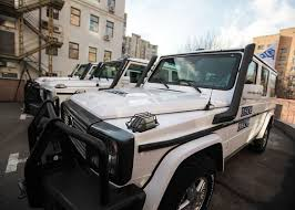 bulletproof jeep 23 bulletproof cars from around the world cnet page 23