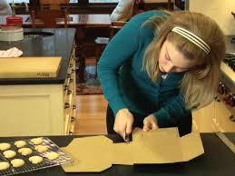 How To Make A Decorative - how to make a decorative bakery box with hallmark magazine youtube