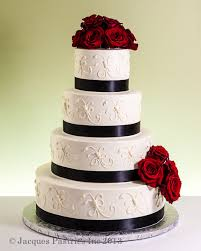 classic wedding cakes page8 1014 jpg
