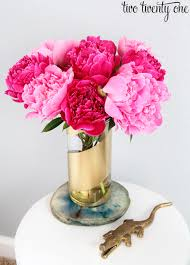 Vases Of Roses 80 Best Easter Flowers And Centerpieces Floral Arrangements For