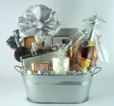 anniversary gift baskets wedding anniversary gifts wedding anniversary gifts baskets