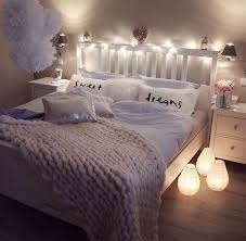 how to make your bedroom cozy 22 ways to make your bedroom cozy and warm cozy bedrooms and