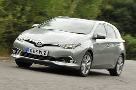 toyota auris review 2017 autocar