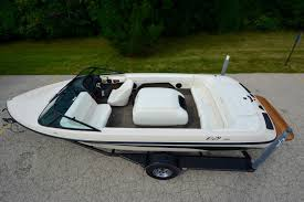 lexus yamaha v8 toyota epic 22 u0027 skiboat w 300hp lexus v8 only 80 hours incredible