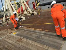 sri emas celebrates success of first oil at eni u0027s offshore cape
