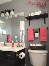 Bathroom Ideas Apartment Best 25 Apartment Bathroom Decorating Ideas On Pinterest