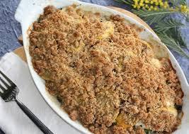 cuisiner les courgettes crumble aux courgettes mais et fromage de chèvre cuisiner c est
