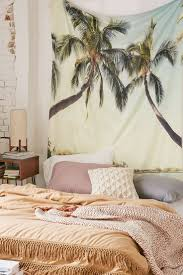 Banks Bedroom Wall Remix Best 25 Beach Dorm Rooms Ideas Only On Pinterest Dorm Room