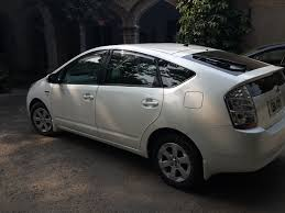 car ownership diaries driving a toyota prius in pakistan