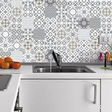 autocollant cuisine stickers protection cuisine fabulous sticker pour de bain par