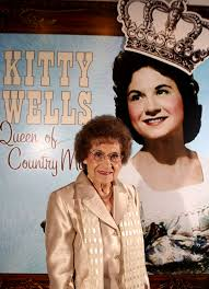 kitty wells first female star of country music dies at 92