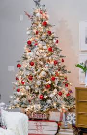 decorated homes for christmas 209 best christmas home tours images on pinterest christmas home
