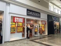 danier leather outlet sudbury s danier leather store closing sudbury