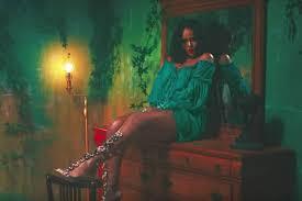 robe de mariã e bleu turquoise looks mode de rihanna dans le clip thoughts avec dj khaled
