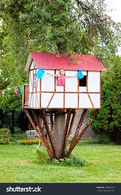 cute tree house ideas home design n small tree house along with