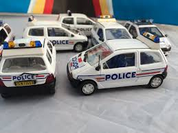 renault twingo police collection 2 u2013 iwantatwingo