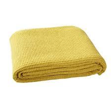 jeté de canapé jaune couvre lits jetés de lit jaune 3suisses