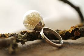 15 delicate rings with magical scenes inside glass balls bored