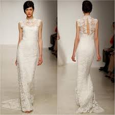 lace wedding gown keyhole back