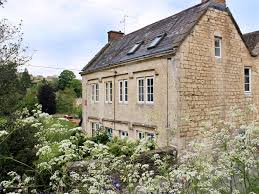 cotswolds cottage walkley wood cottage beautiful grade ii listed cotswold cottage