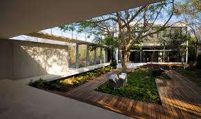 homes with interior courtyards 19 best simple homes with a courtyard ideas house plans 49671