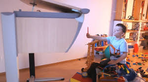 Schreibtisch Moll Moll Mitwachsende Kinderschreibtische Spot 2 Youtube
