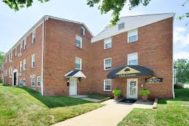 One Bedroom Townhomes For Rent by Oak Grove Apartments U0026 Townhomes Rentals Middle River Md