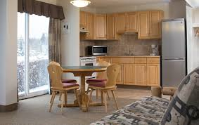 cheap two bedroom apartment two bedroom apartment two beds rocky mountain ski lodge