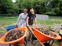 Botanical Garden Internship Qbg Farm Compost Internship In Flushing Ny Barefootstudent