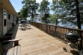2 huge decks to enjoy at shoreline lake house on toledo bend lake