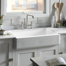 White Undermount Kitchen Sink Interior Stainless Steel Apron Front Sink Mixed Classical White