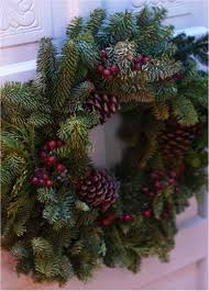 tip to make free diy fresh wreaths and garlands via