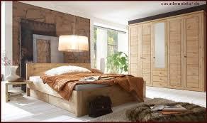 schlafzimmer naturholz vollholz schlafzimmer rauna komplett mit bett 180x200 kiefer