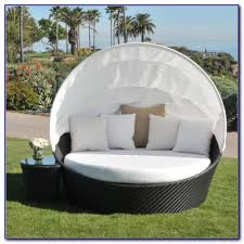 Swing Bed With Canopy Outdoor Wicker Patio Furniture Round Canopy Bed Daybed Patios