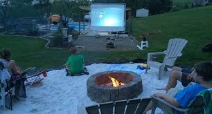 Backyard Outdoor Theater How To Turn Your Yard Into An Outdoor Summer Movie Theater Pics